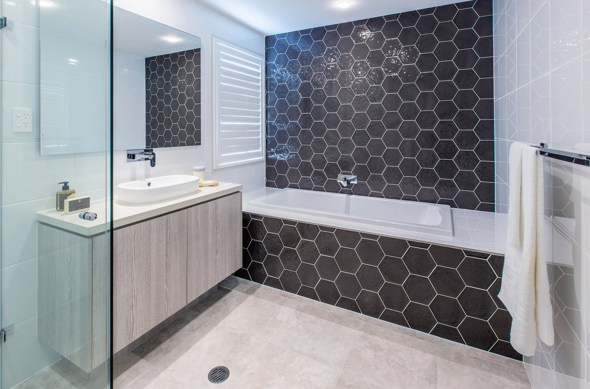 large living tips a tiling stylish for istock bathroom wpid